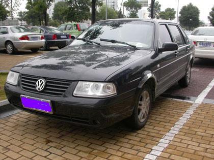 出售桑塔纳3000轿车