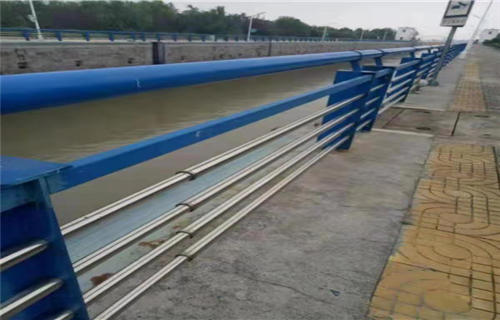 洛陽河道防護不銹鋼欄桿供貨保證及時