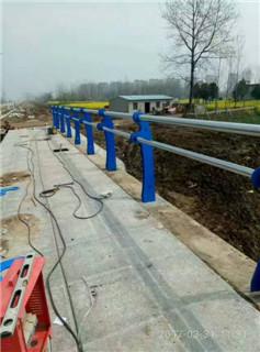 宜兴不锈钢桥梁护栏专用管