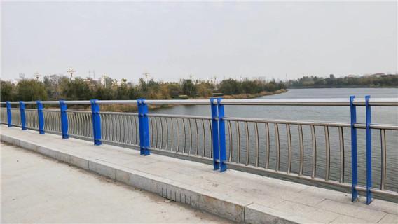 宜兴不锈钢桥梁护栏工期短