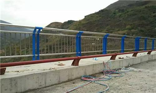 秦皇岛桥梁护栏立柱生产厂家