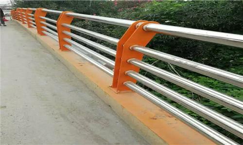 威海不锈钢复合管护栏厂家供应厂家