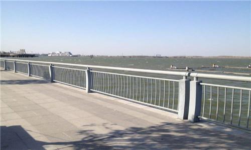 秦皇岛桥梁护栏立柱一米多少钱