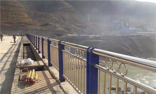 內蒙古304不銹鋼復合管專業定制加工