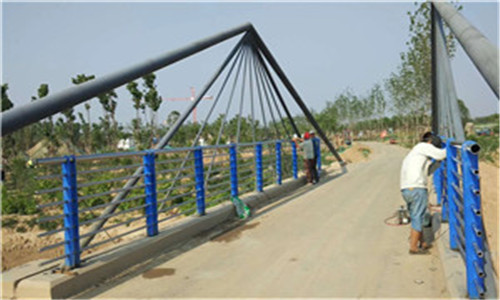 绵阳桥梁镀锌喷塑立柱生产基地