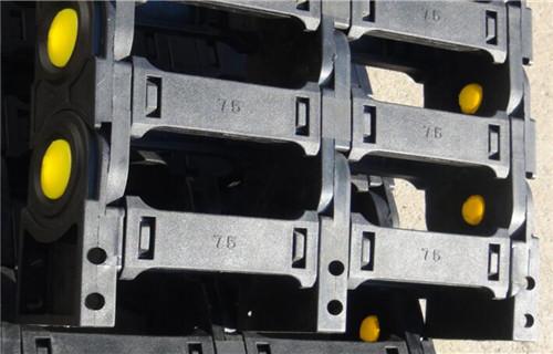 柳州线槽钢制拖链2019新款