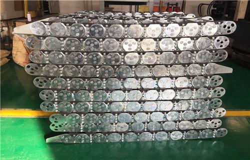 通辽线槽钢制拖链主要分类