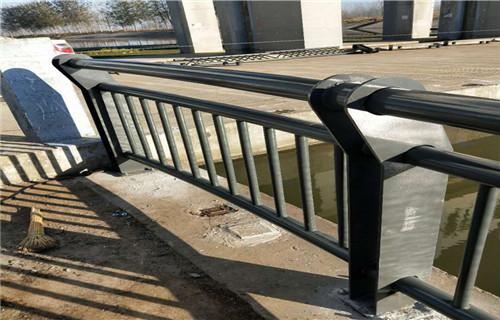 廣安不銹鋼道路欄桿常用規格