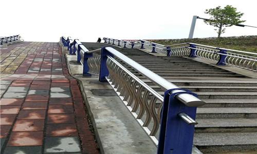 兰州桥梁护栏国标尺寸口碑推荐
