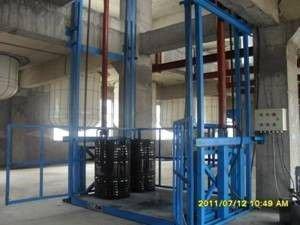 阳谷吊笼货梯制造厂 行业标兵