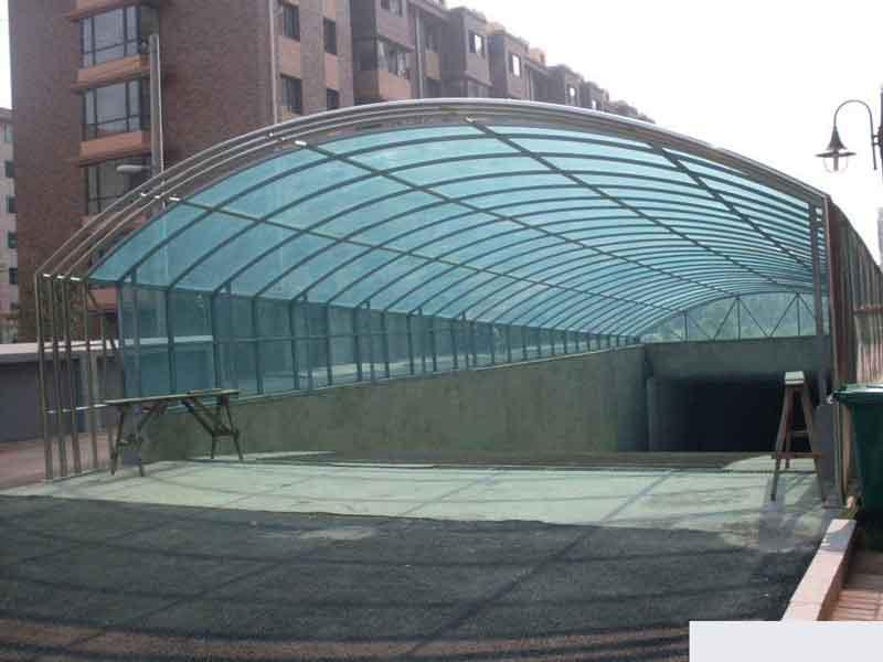 郑州地下车库雨棚、郑州钢结构玻璃雨棚、玻璃雨棚、小区地下车库出
